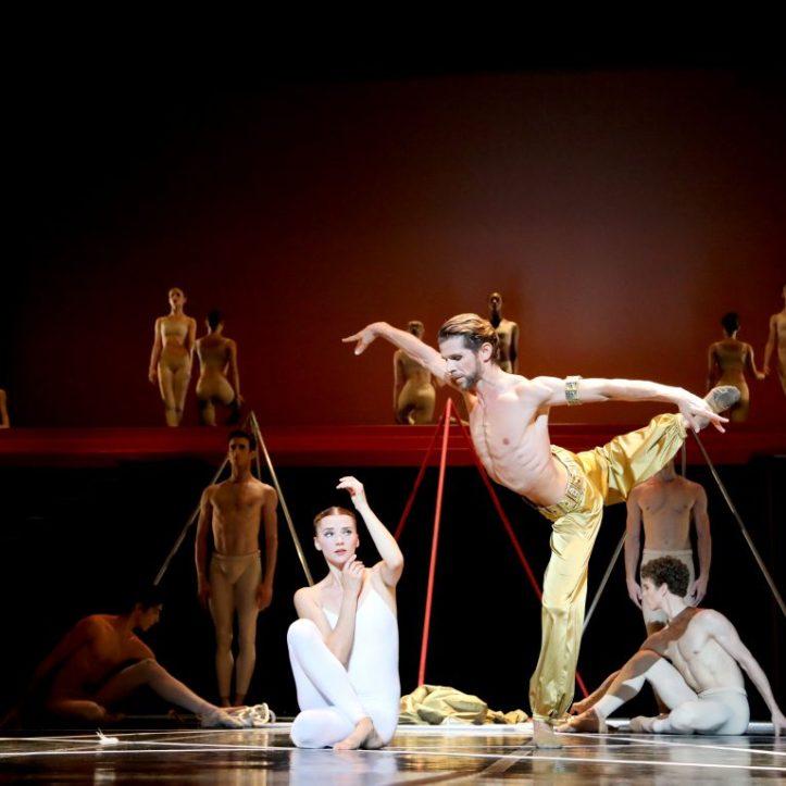 Bejart Ballet Lausanne flute enchantee palais congres 5